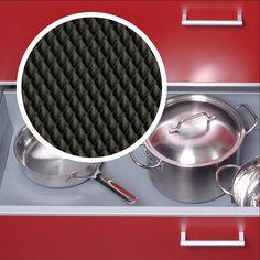 Antirutschmatten sind nicht nur praktisch, sondern können auch gut aussehen! Als Meterware zum Zuschneiden bei: www.stauraum-shop.de