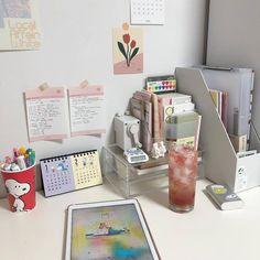 Study Room Design, Study Room Decor, Study Rooms, Study Space, Study Desk, Desk Inspiration, Desk Inspo, Study Corner, Inside Design