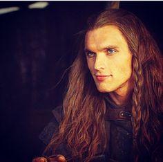 """""""My sword is yours.    My life is yours.    My heart is yours.""""    Daario Naharis"""