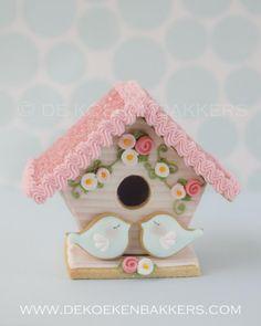 3d Bird House~ by Found on dekoekenbakkers.com, Pink