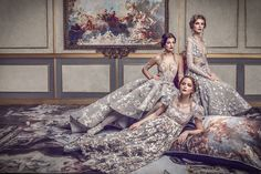 Michael Cinco's The Impalpable Dream of Versailles Source Click this for more High Fashion Editorial Content Michael Cinco Haute Couture, Fashion Group, Fashion Show, Asian Fashion, High Fashion, Jw Moda, Versailles, Elegant Dresses, Editorial Fashion