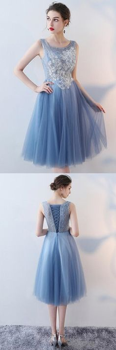 A-Line V-Neck Knee-Length Tulle Homecoming Dress With Appliques