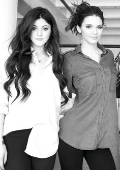 Kendall & Kylie Jenner.