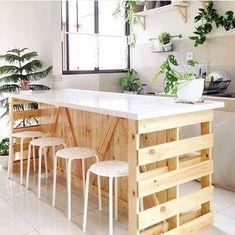 Inspiração para uma ilha de pallets na cozinha   Fonte:         ...    Inspiração para uma ilha de pallets na cozinha 💚  Fonte: @diycore  #diyhomebr #cozinha #kitchen #kitchendecor #palete #pallets #pallet    Source