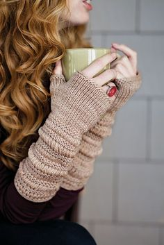 Christina Crochet Passion: Prolix Mitts pattern