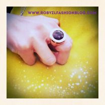 #Brosway & #Etro: #lovely #ring for a lovely #headscarf now on my #fashionblog www.robyzlfashionblog.com +Brosway Jewels  @Utku
