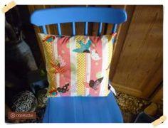 Kissenbezug 40 x 40 cm. Rückseite mit einfarbigem Baumwollstoff.