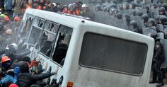 Violent Protests Escalate in Kiev as Protesters Clash With Riot Police