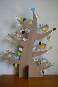 Fun for a Class to do a Tree full of birds, teaching about habitat! albero con silhouette in cartone Kids Crafts, Easter Crafts, Projects For Kids, Diy For Kids, Diy And Crafts, Craft Projects, Arts And Crafts, Decoration Creche, Diy Y Manualidades