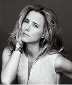 Tea Leoni reveals she's enjoying her new relationship status to MORE
