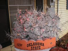 Grapevine Tree with Primitive Decor I want a big grapevine ... |Redneck Grapevine Trees