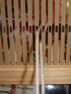 Quiero Pura Lana: 1° CLASE DE TELAR: antes de empezar a tejer Knit Mittens, Loom Weaving, Mtv, Knitting, Eyeliner, Blog, Crafts, How To Plan, Erika