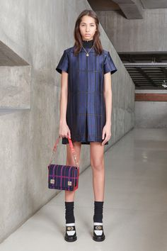 http://www.vogue.com/fashion-shows/pre-fall-2016/carven/slideshow/collection