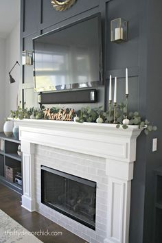 Most recent Screen Fireplace Remodel rustic Tips Terrific Pic faux Fireplace Remodel Style Look at our website page for way more with regard to thi Fireplace Built Ins, Brick Fireplace Makeover, Home Fireplace, Faux Fireplace, Fireplace Remodel, Living Room With Fireplace, Fireplace Surrounds, Fireplace Design, Home Living Room