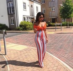 Fashion Styles for Ladies - Great Women Casual Outfits to Try! Casual outfits are lovely wears that definitely would suits your fashion sense and the rules i. Fashion Mode, Fashion Killa, Look Fashion, Latest Fashion, Fashion Styles, Womens Fashion, Fashion Online, Mode Outfits, Girl Outfits