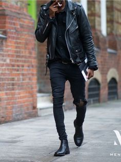 An all black outfit will never go out of style just like the black leather moto jacket.