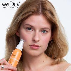weDo/ Professional ist die neue Marke für Haar- und Hautpflege, geprägt von der Überzeugung, dass wir zusammen eine schönere und nachhaltigere Zukunft erschaffen können – für dich, für andere und für den Planeten. weDo/ Detangle - die sanfte Pflege verleiht natürlichen Glanz und verbessert die Kämmbarkeit. Wir lieben es vor dem Styling! Mit Macadamiaöl und Bambuswasser. #togetherwedo #wedolovers #wedo #veganfriendly #ecofriendly Social Media Plattformen, Top, Hair Care, Planets, Future, Sparkle, Products