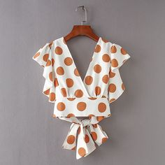 Shop Ruffle Trim Knot Back Surplice Top online. - Shop Ruffle Trim Knot Back Surplice Top online. SheIn offers Ruffle Trim Knot Back Surplice Top & more to fit your fashionable needs. Source by hubraum - Polka Dot Crop Tops, Polka Dot Shorts, Diy Clothes, Clothes For Women, Diy Vetement, Mode Top, Surplice Top, Vintage Butterfly, Mode Style