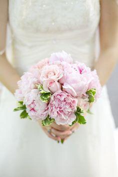 Virginia wedding - Kacie Lynch Photography - bouquet - peonies