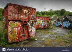 Afbeeldingsresultaat voor abandoned shipping container