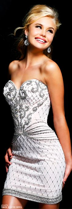 I think this would make a stunning short wedding dress ~ Sherri Hill (could be a possible idea for a detachable long wedding dress. easily unbuttoned to become the reception dress! Trendy Dresses, Short Dresses, Fashion Dresses, Formal Dresses, Wedding Dresses, Dresses 2014, 1950s Dresses, Vintage Dresses, Beauty And Fashion