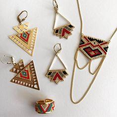 This Pin was discovered by Arz Seed Bead Jewelry, Bead Jewellery, Seed Bead Earrings, Peyote Patterns, Loom Patterns, Beading Patterns, Loom Bands, Art Perle, Bead Loom Bracelets