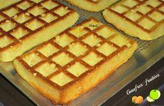 Il y avait un p'tit moment que je n'avais pas fais ces #gaufres pour mon petit déjeuner pourtant je les Adore .J'en ai fais une fournée hier soir et j'ai pensé à vous ( je vous remonte donc la recette) Excellent petit déjeuner bien rassasiant . Recette... Ww Desserts, Weight Watchers Desserts, Gluten Free Desserts, Dessert Ww, Petits Desserts, Dessert Healthy, Cas, Pie Co, Chez Vanda