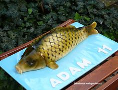Big Carp Cake with marzipan. Marzipan, Celebration Cakes, Themed Cakes, Cupcake Cakes, Bowfishing, Birthday Ideas, Cookies, Food, Pisces