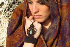 Brown macrame cassandra / ring bracelet / slave by Naranmacrame, $85.00