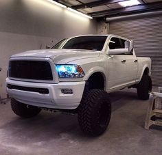 Cool truck dodge cummins diesel Ideas for 2019 Jacked Up Trucks, Dodge Trucks, Jeep Truck, Cool Trucks, Big Trucks, Pickup Trucks, Lifted Chevy, Lifted Jeeps, Lowered Trucks
