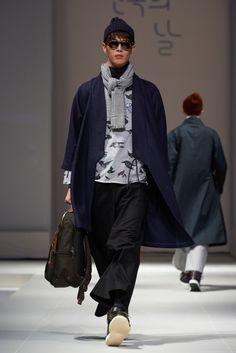 """2014  hanbok day 조영기 """"flower - bloom"""" // 2014 한복의 날 패션쇼 '꽃- 피다' 신한복 프로젝트 조영기 컬렉션 런웨이"""
