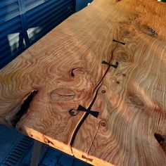 Here comes the sun. Live Edge Wood, Here Comes, Joinery, Bamboo Cutting Board, Natural Wood, Tables, Loft, Woodworking, Sun