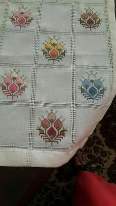 Graciela Toribio's media content and analytics Cross Stitch Borders, Cross Stitch Flowers, Embroidery Patterns, Hand Embroidery, Afghan Stitch, Swedish Weaving, Dress Neck Designs, Bargello, Table Covers