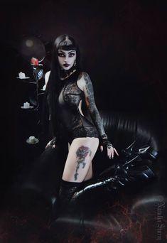 Model/MUA/Photo: Natalia Storm Welcome to Gothic and Amazing | www.gothicandamazing.com