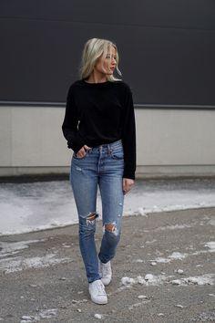 Hahaha så ful Shoes here ! / Jeans here ! / Sweater H&M / Jacket here ! / Bag Wera (ads) Halloooo gänget! Imorse ställde jag klockan som vanligt vid 09, oc