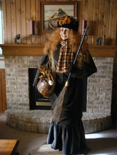 Life size Kitchen Witch --Matilda Mae-- by Karen Vander Logt. $2,895.00, via Etsy. OMG I WANT!!!