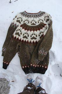 Ravelry: Villmarksgenseren (The Wilderness Sweater) pattern by Linka Karoline Neumann Double Knitting Patterns, Sweater Knitting Patterns, Knit Patterns, Jaquard Tricot, Boys Sweaters, Knit Sweaters, Icelandic Sweaters, Knitting Projects, Christmas Sweaters