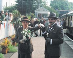 Hercule Poirot (David Suchet) meets Miss Marple (Joan Hickson). This was for a charity event, sadly they would never meet for an episode, as of course these great Agatha Christie detectives were from different era's. Hercule Poirot, Agatha Christie's Poirot, Miss Marple, Best Mysteries, Cozy Mysteries, Murder Mysteries, Detective, Crime, David Suchet