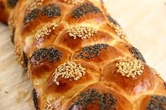World baking day. Scroll to show recipes by difficulty level. At Greek Tsoureki! Greek Desserts, Greek Recipes, No Bake Desserts, Yummy Treats, Sweet Treats, Greek Dishes, How To Make Cheese, Carrot Cake, Cooking Time