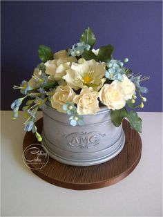 Spring Flower Planter - Cake by CakeyCake
