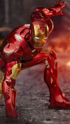 Here are the candidates who could be the New Iron Man after Tony Stark played by Robert Downey Jr. A list of all superheroes who might end up to be the next Tony Stark and become the Tech Nerd of MCU. Hero Marvel, Marvel Art, Captain Marvel, Marvel Comics, New Iron Man, Iron Man Art, Iron Man Wallpaper, Tony Stark Wallpaper, Iron Man Avengers