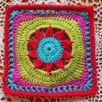 LINDE WOMAN'S WEB: CROCHET PATTERNS GRANNY SQUARES ~ Blooming Lace, a Ravelry pattern