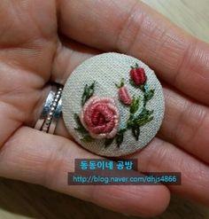 Bullion Embroidery, Embroidery Sampler, Silk Ribbon Embroidery, Embroidery Hoop Art, Cross Stitch Embroidery, Hand Embroidery Design Patterns, Flower Embroidery Designs, Creative Embroidery, Floral Embroidery