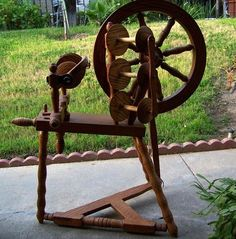 Oscar Colley spinning wheel owned by tntc on ravelry