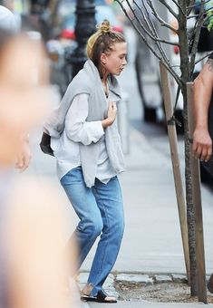 Out in Tribeca (118866145477) — Olsen Daily