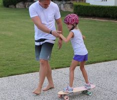 is learning to skateboard! Skater Girls, Lily Pulitzer, Skateboard, Bermuda Shorts, Dads, Learning, Dresses, Women, Style