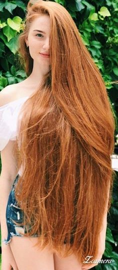 Here you can get a perfect spring hair color for blonde hair. If you are looking for some amazing spring hair color for your blonde hair, you can have a look at the collection we have got for you. Beautiful Red Hair, Gorgeous Redhead, Amazing Hair, Beautiful Women, Long Red Hair, Very Long Hair, Thick Hair, Dark Hair, Brown Hair