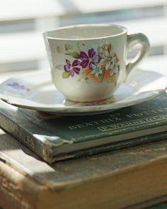 Vintage Purple Tea Cup. $6.50, via Etsy.