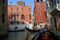 Venezia, Italy Photo by feray umut -- National Geographic Your Shot