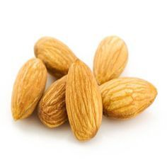 Use almond oil to treat dry and damaged hair. Almond oil contains natural vitamins and fatty acids that is helpful to make your hair shiny,. Organic Hair Care, Organic Beauty, Natural Beauty, Natural Hair Growth, Natural Hair Styles, Almond Oil Hair, Getting Rid Of Freckles, Oil Treatment For Hair, Beauty Tips For Hair